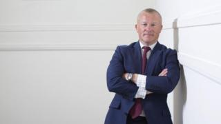 Hargreaves Lansdown boss apologises for Woodford suspension 2
