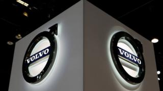 Volvo recalls 70,000 cars in the UK over fire risk 8