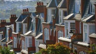 House price growth at six-year low, says the Halifax 5