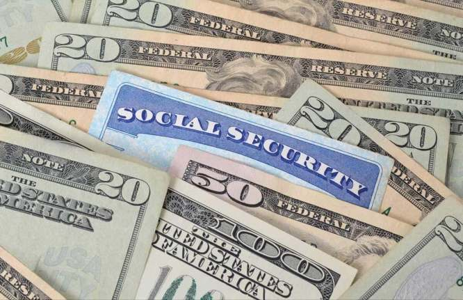 Ask Larry: Why Is My Husband's Ex Getting Social Security Widow's Benefits And I'm Not? 2