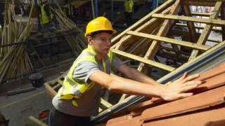 General election 2109: Leaders woo business with tax and apprenticeship vows 8