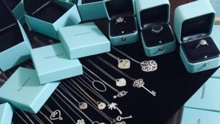 Tiffany hopes to regain its sparkle with new owners 3