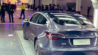 Tesla delivers its first 'Made in China' cars 2