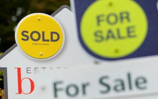 House prices expected to increase by 2 per cent over next year, Rightmove predicts 3