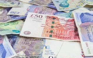 Three global factors to be aware of when making international money transfers 2