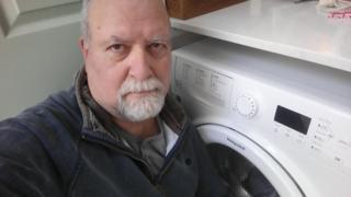 Whirlpool: Owners rush to register fire-risk washing machines 1