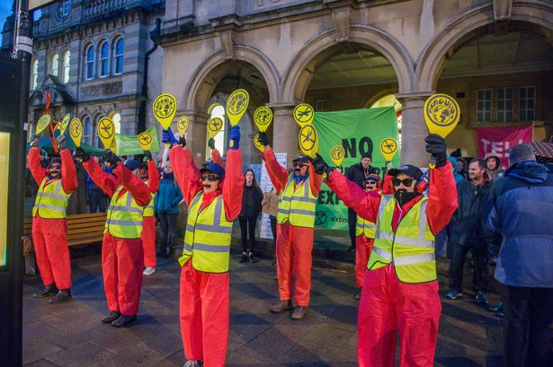 Flybe defend eco-credentials ahead of Exeter Extinction Rebellion protest 1