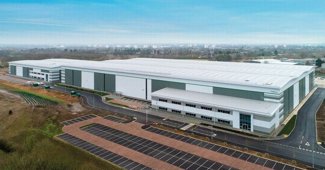 Midlands industrial unit take up beats records 1