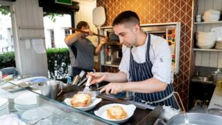 Budget 2020: Rates scrapped for shops and cafes 1