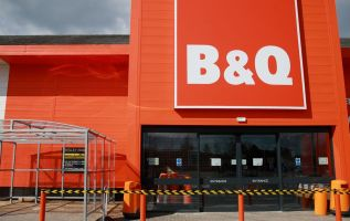 DIY chain B&Q reopens 155 stores across the UK – with social distancing controls in place 2