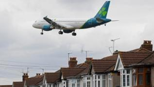 Aer Lingus to cut up to 500 jobs due to pandemic 4