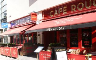 Cafe Rouge owner calls in administrators, with 1,900 jobs cut 1
