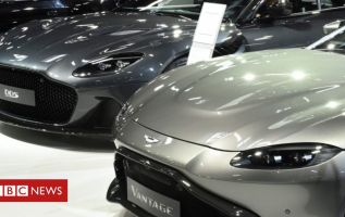 Aston Martin: Mercedes to take 20% stake in luxury brand 3
