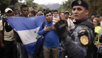 mexico blocks caravan