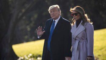 trump waving 700x420 1