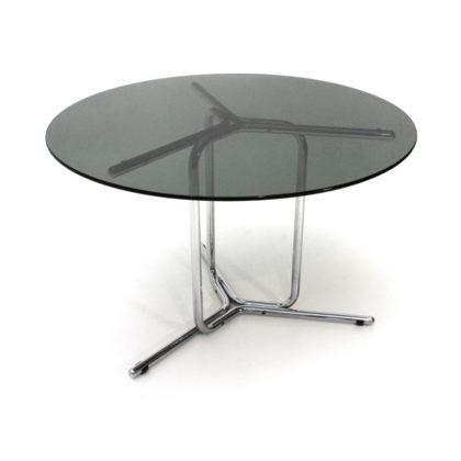 Tavolo cromato con piano in vetro  Uso Interno