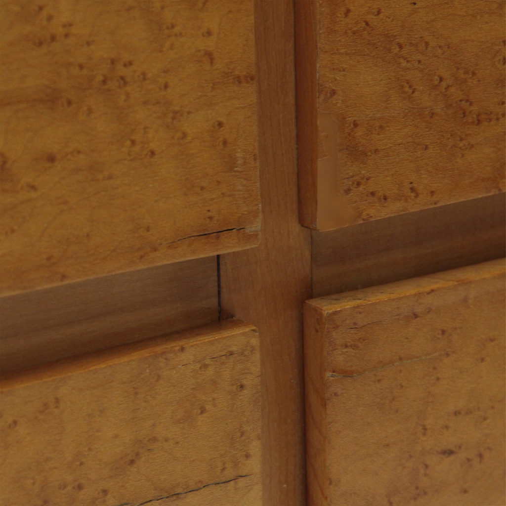 Cassettiera con maniglie in ottone  Uso Interno