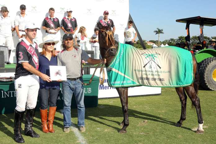 "Best Playing Pony Iglehart Cup Final: So Easy, played and owned by Gonzalito Pieres, presented by Brenda Lynn of the Polo Museum and Hall of Fame, pictured with Ricardo ""Zorrino"" Force."