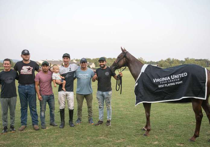 Best Playing Pony, Yatay Misty. Played by Tolito Fernandez Ocampo and owned by Bill Ballhaus. Pictured with Martin Aguilar, Felipe Matuz, Dario Fuentes and Josue Tercero.