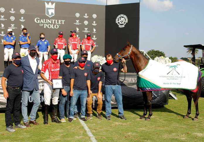 Best Playing Pony in the GAUNTLET OF POLO®, U.S. Open Polo Championship® and International Polo Club Horse of the Year: Lovelocks Camusericht, played and owned by Adolfo Cambiaso. Presented by Northeastern Circuit Governor Leighton Jordan and pictured with Gustavo Gomez, Juan Martin Aneas, Rito Avalos, Juan Pablo Quiroga, Benjamin Quiroga and Andres Luna.