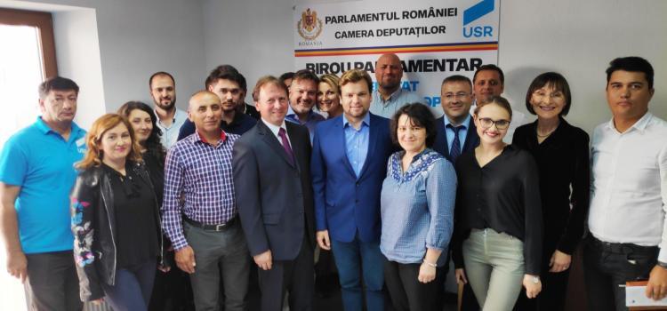 Deputatul USR Daniel Popescu a deschis birou parlamentar la Chișinău