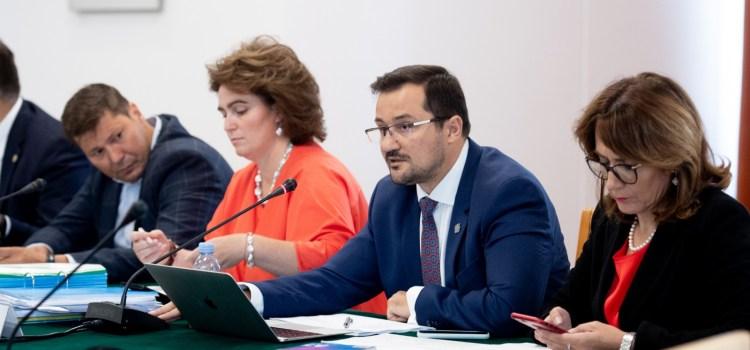 USR a votat în Comisia Juridică a Senatului pentru ridicarea imunității lui Florian Bodog
