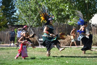 Native American and Native Mexican dancers. (Credit: Sherrie Horn)