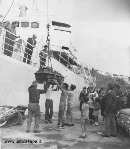 bara discesa dalla nave 1