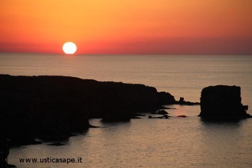 Bel tramomnto sui faraglioni