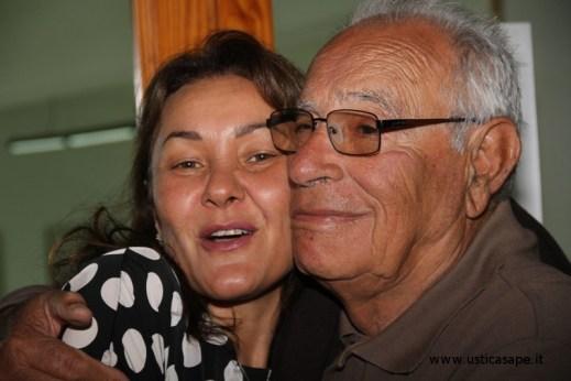 F.C.7656a Abbraccio Amorevole