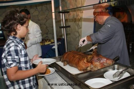 Preparazione di una gustosissima porchettta