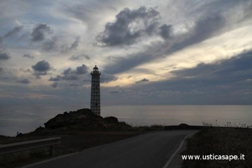 Ustica, faro Punta Cavazzi