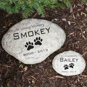 12 Heartwarming Pet Memorial Gift Ideas Urns Online