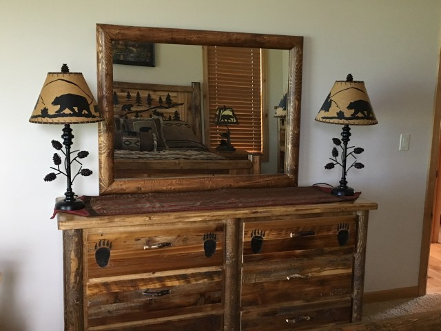 Bradley s Furniture Etc Utah Rustic Bear Paw Barnwood Bedroom