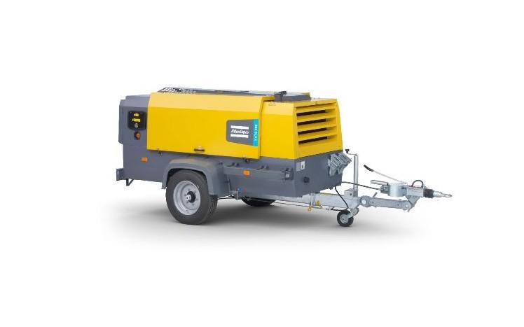 Atlas Copco kompressor på hjul med tihengerfeste til utleie