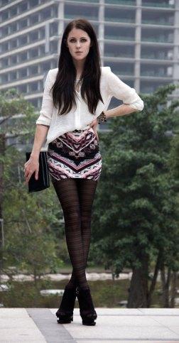 Mini suknja i hulahopke