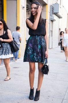 Čizmice do članka i kratke suknje