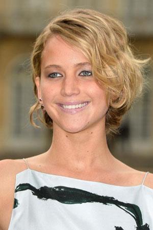 Jennifer Lawrence – Neuredna kratka kosa