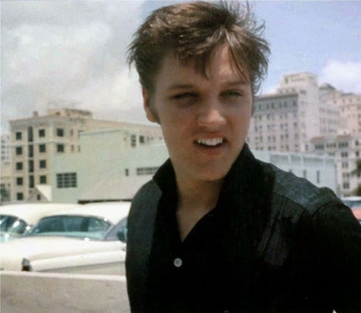 Elvis Aaron Presley kao tinejdzer
