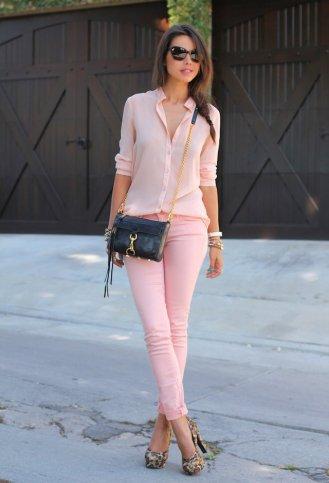 Pastelno roze farmerice