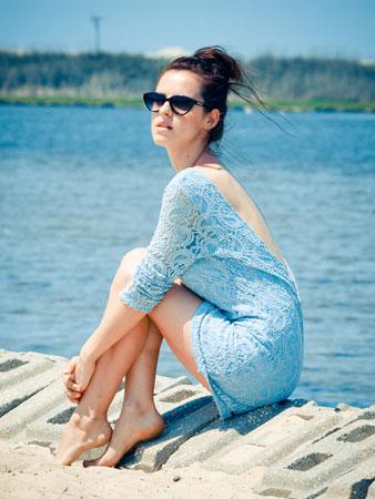 plava cipkana haljina za plazu
