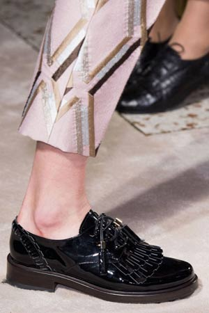 muske ravne cipele sa detaljima