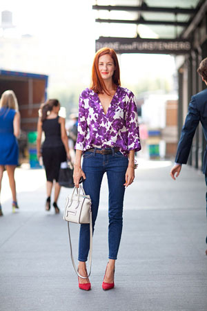 bluza sa retro cvetnim printom