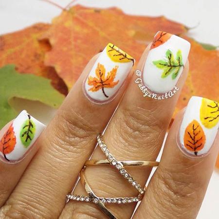 nokti sa raznobojnim opalim liscem