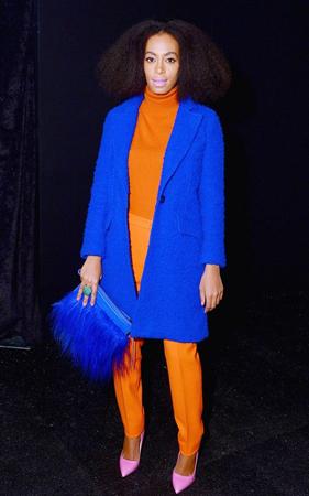 narandzasta i kobalt plava