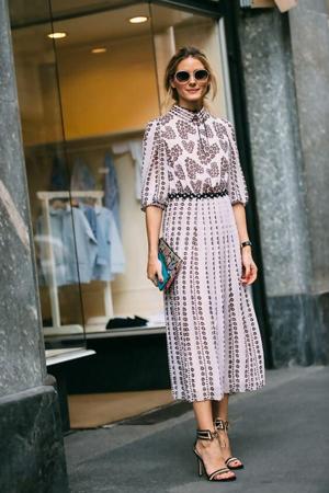 sandale sa visokom stiklom uz dugu haljinu