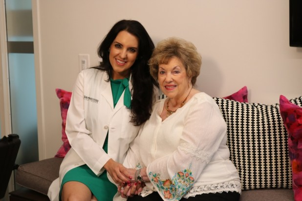 Radiation oncologist Dr. Asal Rahimi and patient Marilyn Gibson