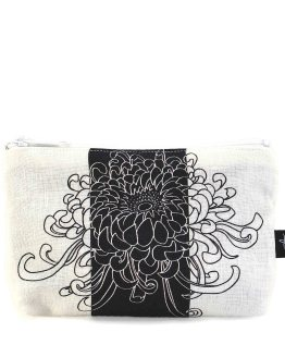 Kikukka Black Zipper Pouch