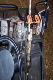 500CM Center Mount Gun Rack a ATV