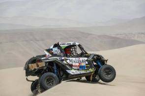 421 MORENO PIAZZOLI Rodrigo Javier (chi), ARAYA Diaz Jorge Gabriel (chi), Can-Am, Can-Am Chile, Group SXS ASO/FI, Class SXS, action during the Dakar 2019, Stage 6, Arequipa - San Juan de Marcona, peru, on january 13 - Photo Frederic Le Floc'h / DPPI
